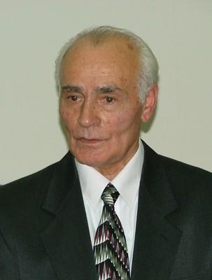 Человек – Темирболат Берёзов.